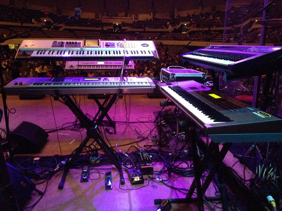 Korg sp500 digital piano 88 key also 2014 m audio keystation mini 32